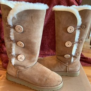 Ladies Ugg Boots Size 10